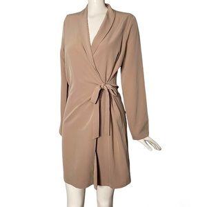Como Black | Long Sleeve Wrap Dress